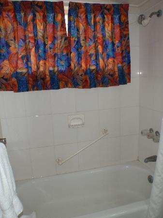 Salle de bain tres propre photo de worthing court for Mr propre salle de bain