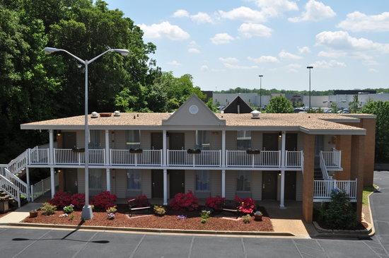 Photo of Best Western Central Plaza Fredericksburg