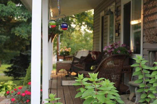 Hazen Manor Front Porch