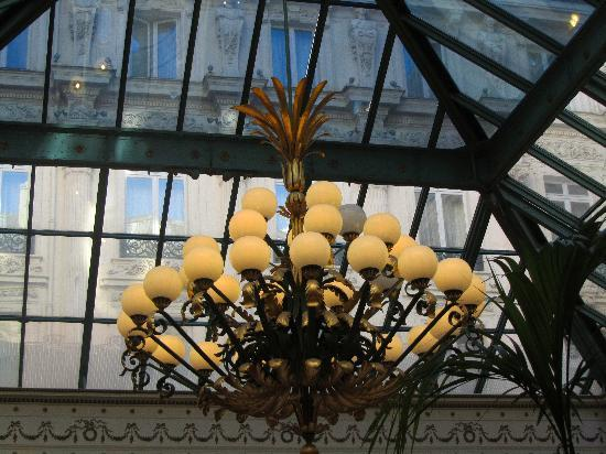 InterContinental Paris Le Grand: The glass roof of lobby