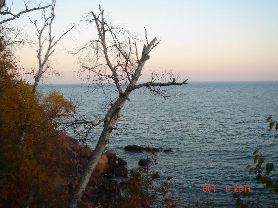 The Cliff Dweller on Lake Superior: Lake Superior view from balcony