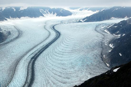 Coastal Helicopters: Above the glacier