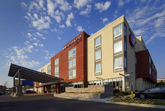 SpringHill Suites Columbus OSU: Hotel Exterior