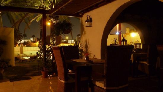 Birdcage Resort Gay Lifestyle Hotel : sera