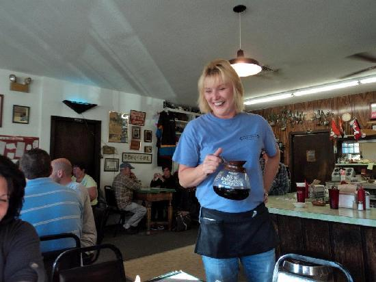 Townshend Dam Diner: Julie was fantastic