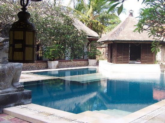 ปุรีซานเตรียนบีชรีสอร์ทแอนด์สปา: piscine