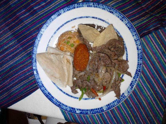 BlueBay Grand Esmeralda: Un ejemplo de la deliciosa comida