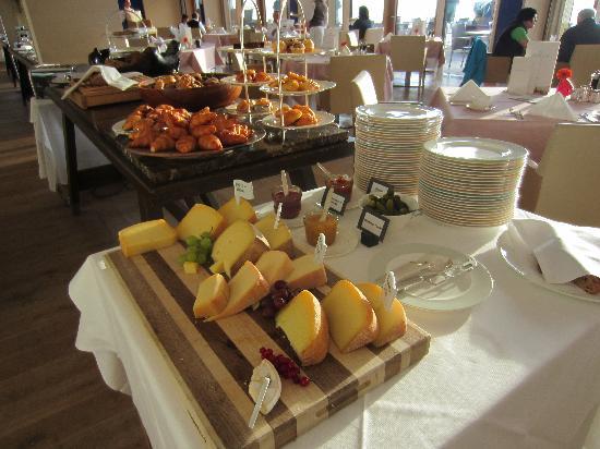 Budersand Hotel - Golf & Spa: Frühstück
