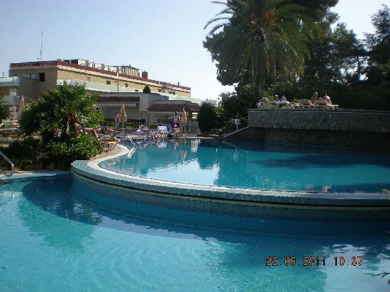 Hotel Guitart Gold Central Park Aqua Resort: magnifiques piscines
