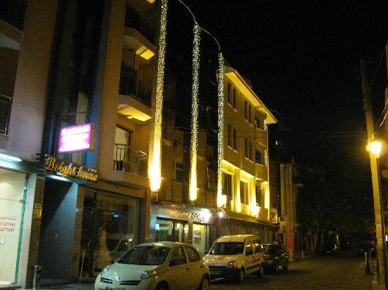 Dafi Hotel: From outside night
