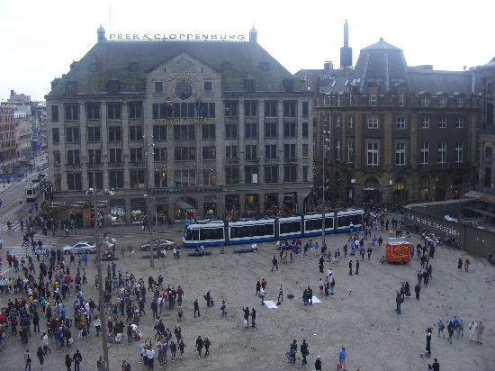 B&B Jordaan: Dam Square July 2011.