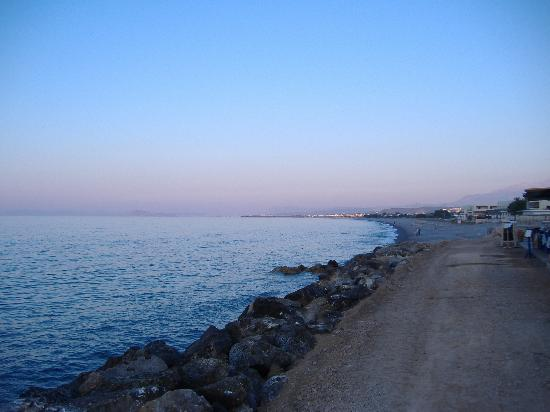 Palio Arhontiko: The view to chania