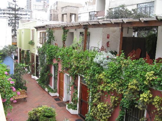 Hostal El Patio: View from 2nd floor