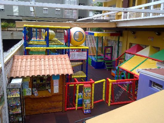 Hotel Tenerife Ving: Parque de Niños.