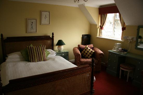 Double Ensuite at Cricket Field House Hotel