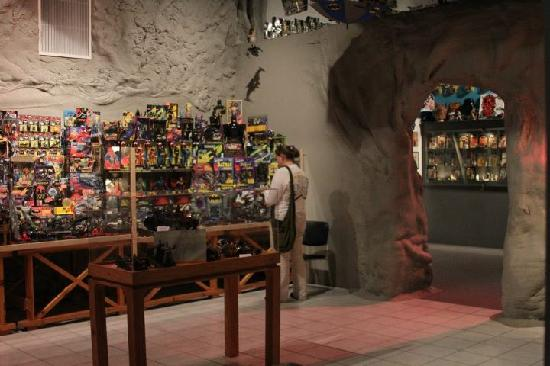 Pauls Valley, OK: Inside the Batcave