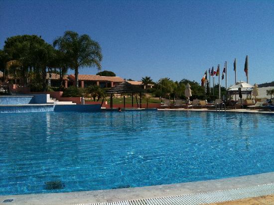 Pestana Vila Sol, Vilamoura : Main Pool and Pool Bar