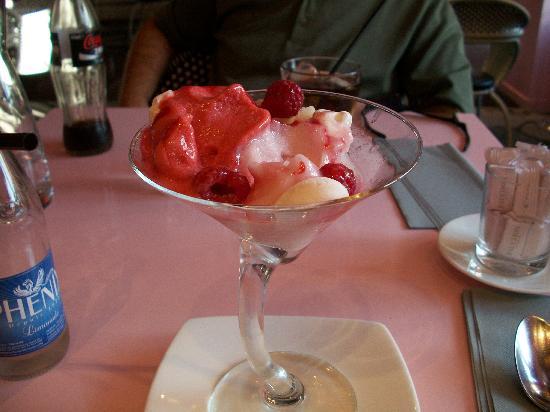 raspberry rose sorbet - Picture of Fauchon, Paris - TripAdvisor