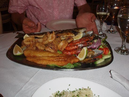Blue Sky: Excellent Seafood Platter
