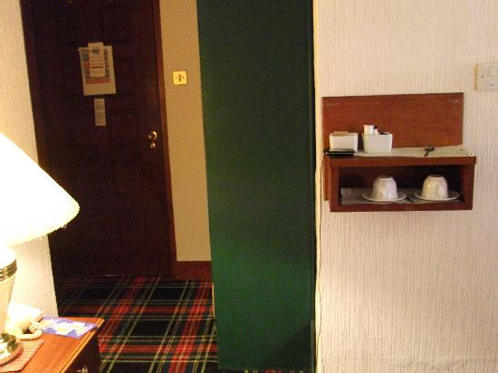 Loch Ness Lodge Hotel: tea making facilities