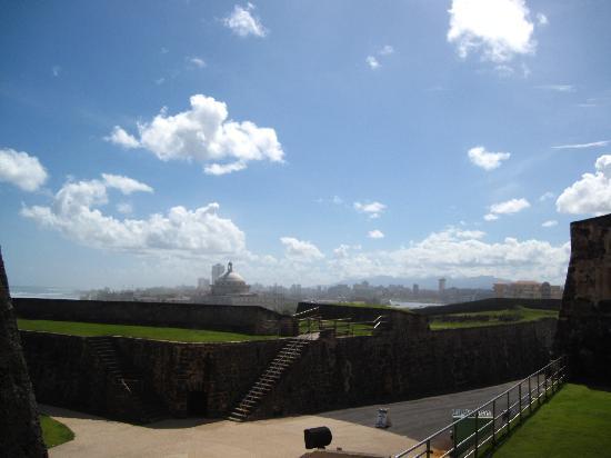 Castillo de San Cristobal: The city view