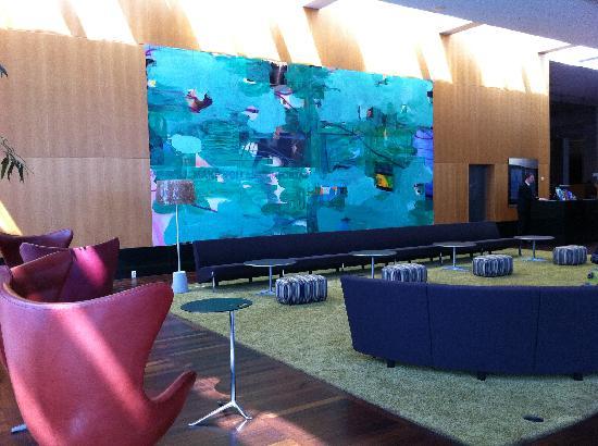 โรงแรมฮิลตัน โคเปนเฮเกน แอร์พอร์ท: the lobby
