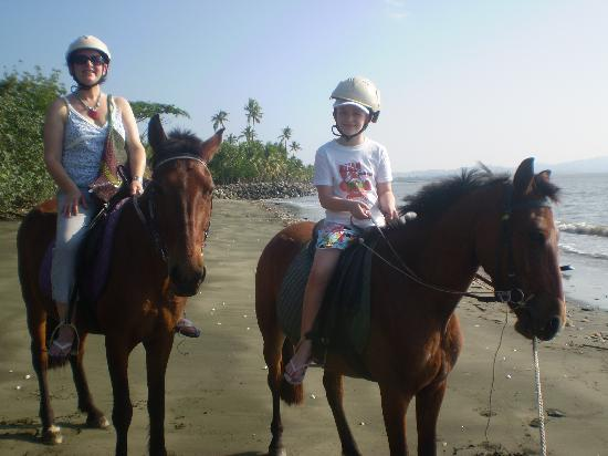Sonaisali Island Resort Fiji: Sonaisali Beach Horse Riding