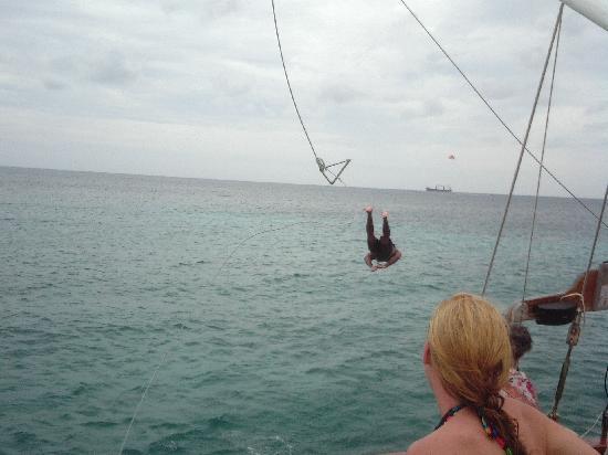 Mi Dushi: Rope Swing