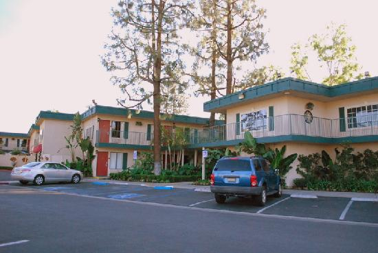 Quality Inn & Suites - Anaheim Resort: lovely landscape