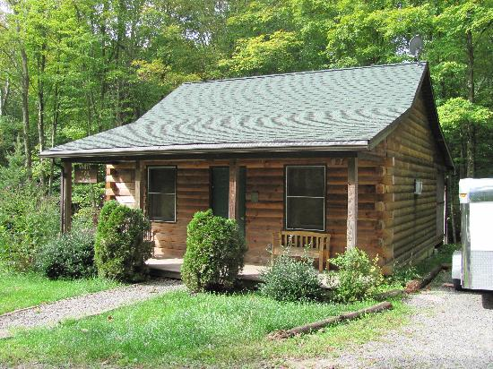 Mountain Creek Cabins: White Tail Cabin