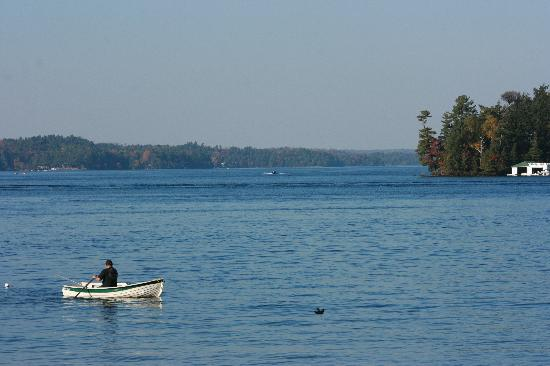 Shamrock Lodge: Fishing on Rosseau.