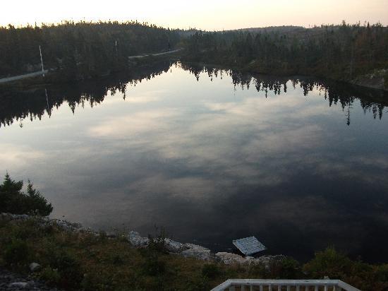 Big Lake Motel: View of the lake early morning; a real miror.