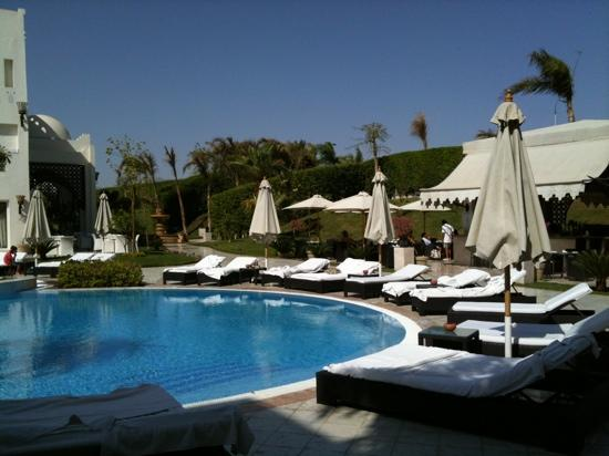 Le Royale Sharm El Sheikh, a : the view from our balcony looking on to the pool bar