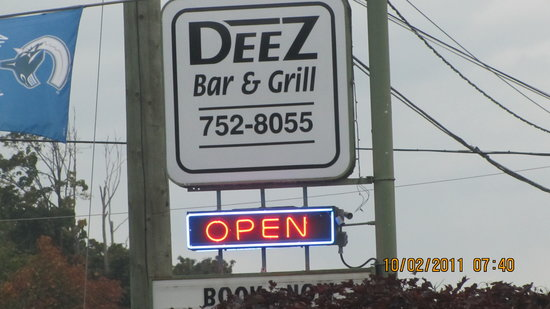 Deez Bar & Grill: A GOOD TIME TO REMEMBER