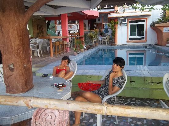 Jhanarieans Resort: My fiance and my daughter lounging