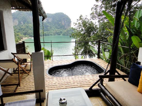 Paradise KohYao: view from deluxe jaccuzi room