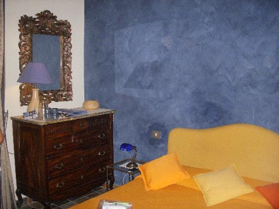 B&B Casa Mira Napoli : la nostra stanzetta