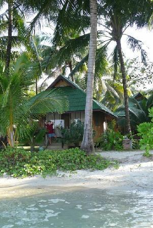 K.B. Resort: Very close to the sea