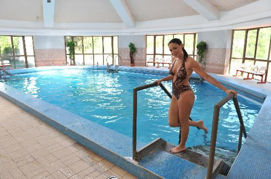 Prolom photos featured images of prolom central serbia for Indoor swimming pools in mesa az
