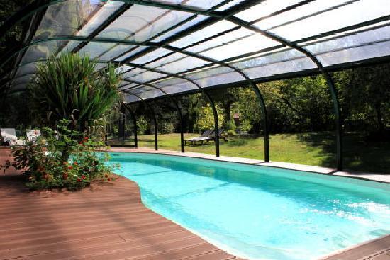 Viviez, Frankrike: piscine
