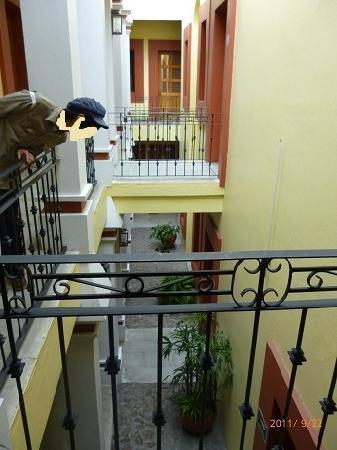 Hotel Aitana: 吹き抜けが広々