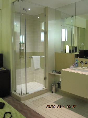 Suncoast Towers: no privacy, bathroom is part of the room