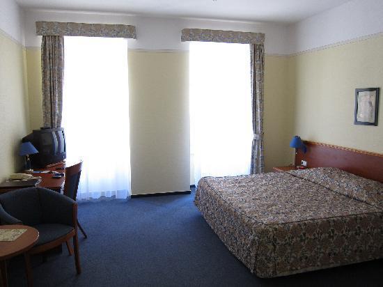 Best Western Prima Hotel Wroclaw: Zimmer