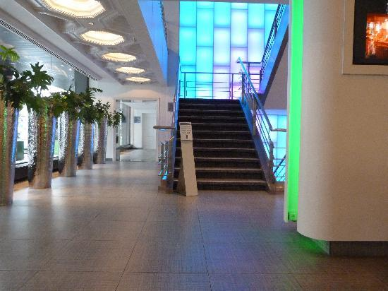 Hotel BLOOM!: Hotel lobby