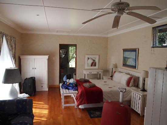 Cloverleigh Guest House: Honeymoon-Suite