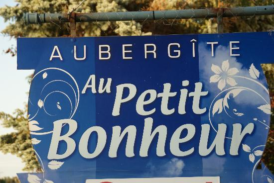 Aubergite Au Petit Bonheur: Péribonka, Gîte Au Petit Bonheur