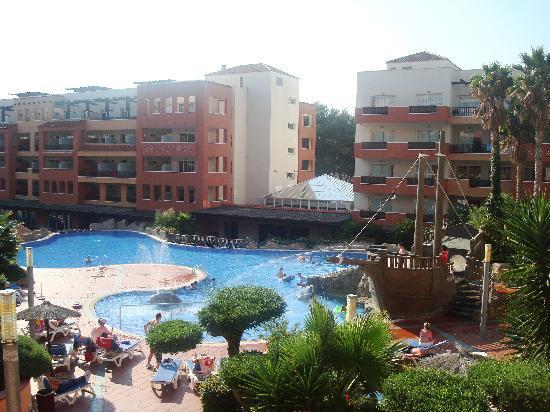 H10 Mediterranean Village: Pool Side