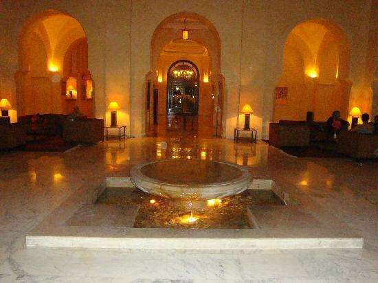 Alhambra Thalasso Hotel: une jolie reception