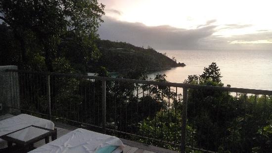 Four Seasons Resort Seychelles: soleil couchant