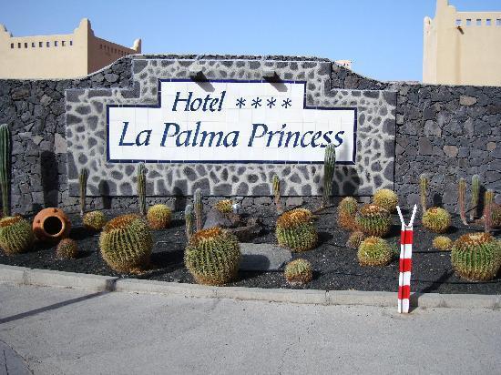 Ingang hotel photo de la palma princess teneguia - Hotel rural en la palma ...
